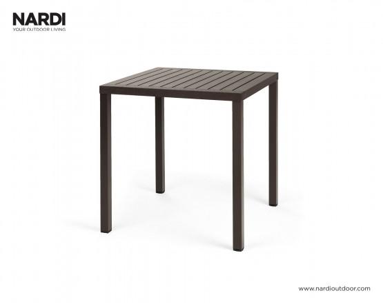 Стол Cube 70 Caffe Vern Caffe: фото - магазин CANVAS outdoor furniture.