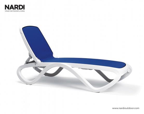 Шезлонг Omega Bianco Blu: фото - магазин CANVAS outdoor furniture.